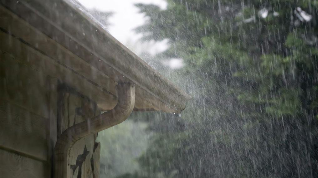 A storm brings heavy rain.