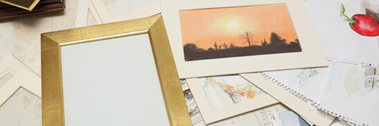 Different colour picture frames
